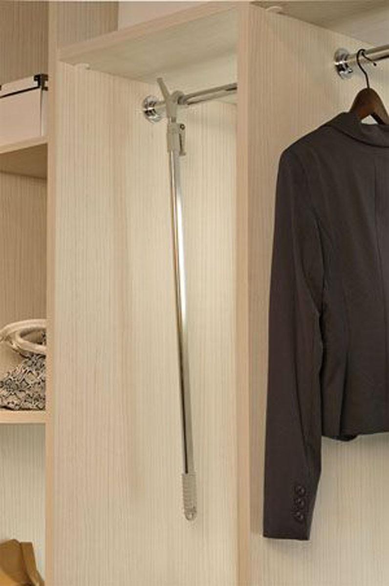 Телескопический манипулятор для доставания одежды с высоких штанг
